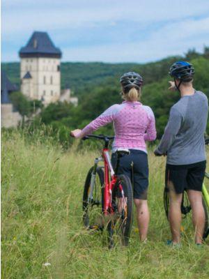 Mountainbiken Praag - Kasteel Karlstejn
